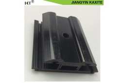 Le verre en nylon anti-corrosif 66 remplace le collier en aluminium de montage du panneau solaire en aluminium